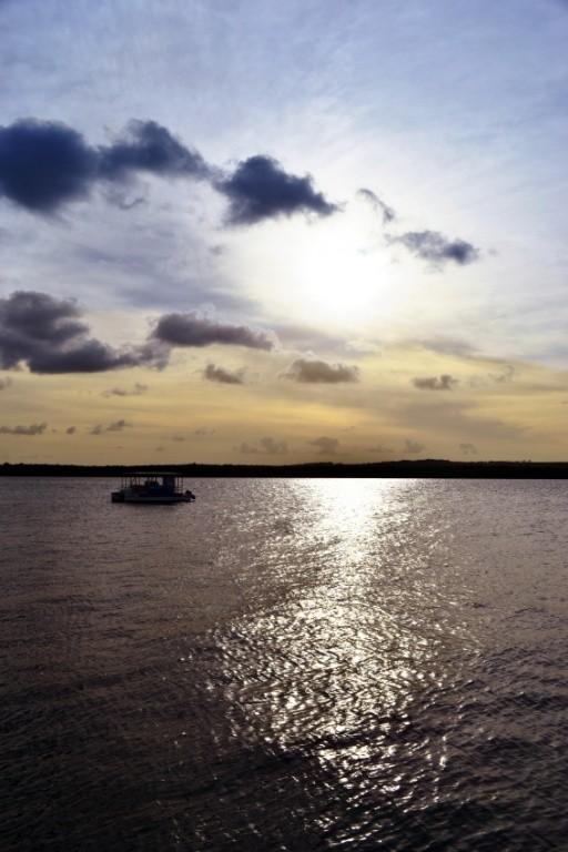 Praia do Jacaré por marinice via Istock