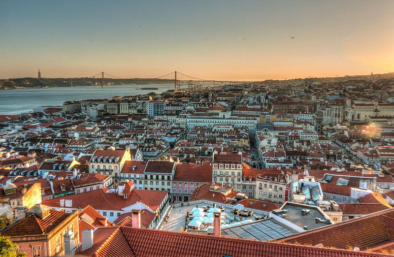 800px-Vista_de_Lisboa Alexander de Leon battista Commons Wikimedia