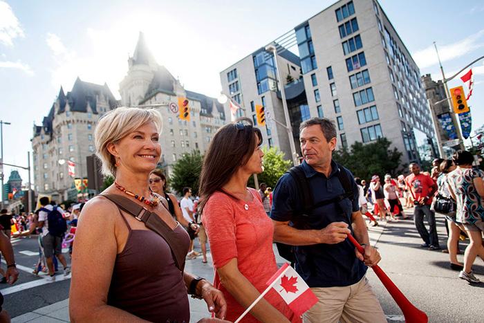 Canadenses comemoram dia da união de províncias em uma só nação