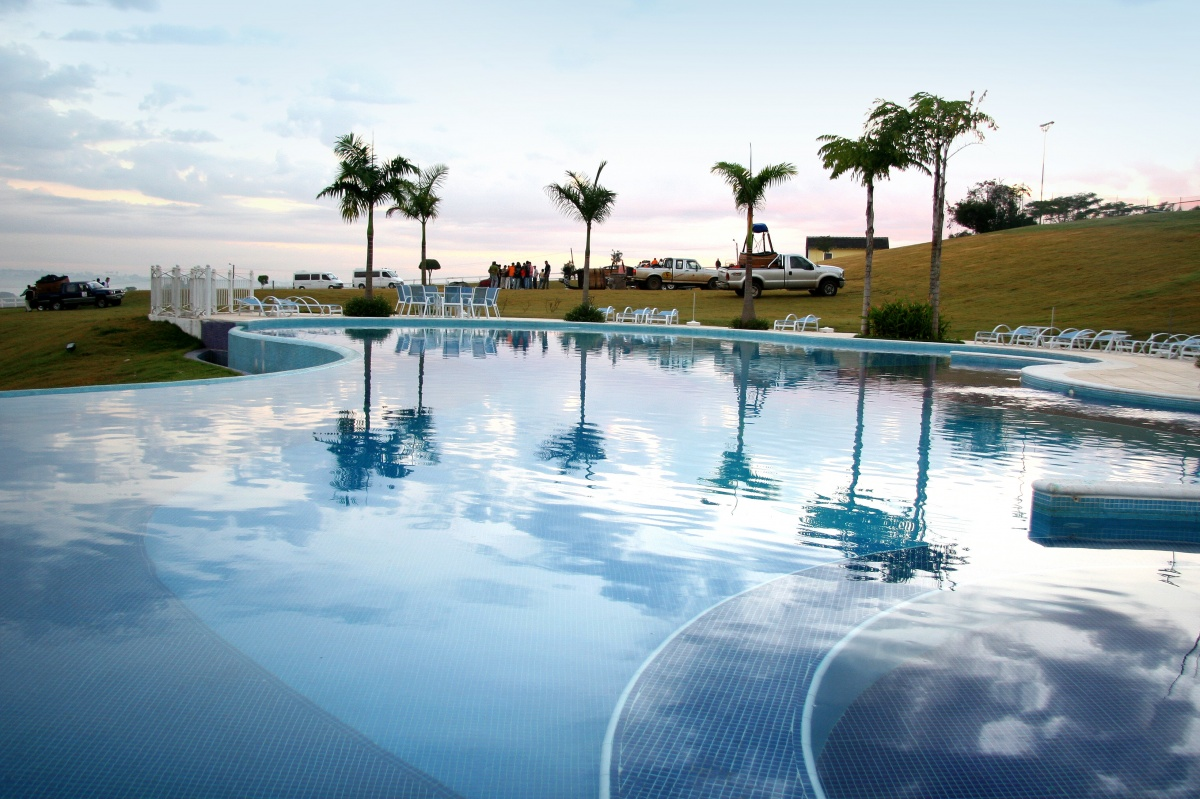 05162014_hotel_pitangueiras_piscina