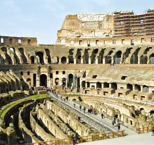O Coliseu é o principal símbolo de Roma