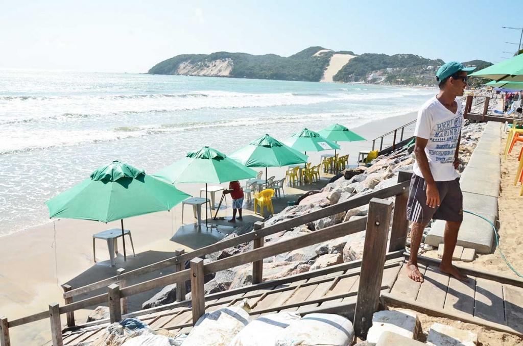 Ambulantes-da-praia-de-Ponta-Negra-Francinaldo-da-Silva-JA-15