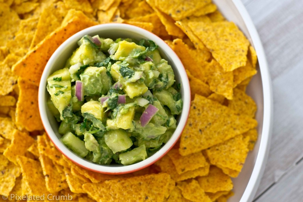 Pineapple_and_Cucumber_Guacamole-9-1024x681