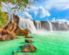 Cachoeira Dry Nur. Foto por GoodOlga / iStock