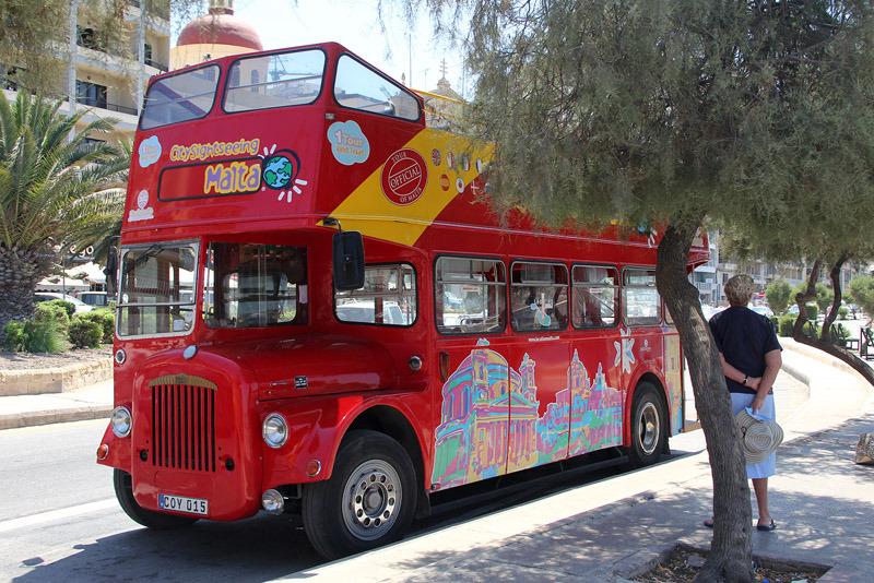 bus tour malta
