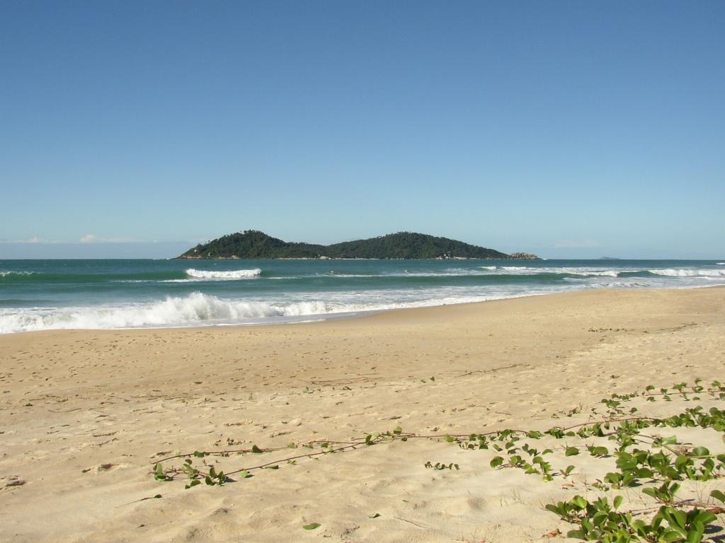 Ilha_do_Campeche_von_NW