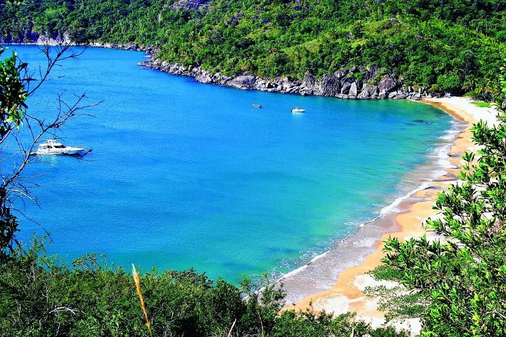 Vista geral da praia do Jabaquara - Foto por Secretaria de turismo