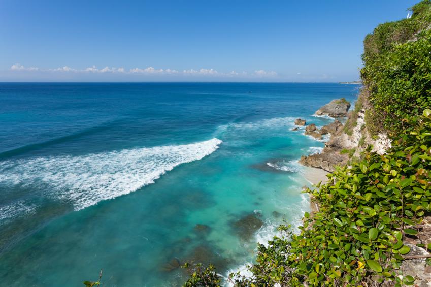 UluWatu - Indonésia  Foto por paulprescott72 via Istock