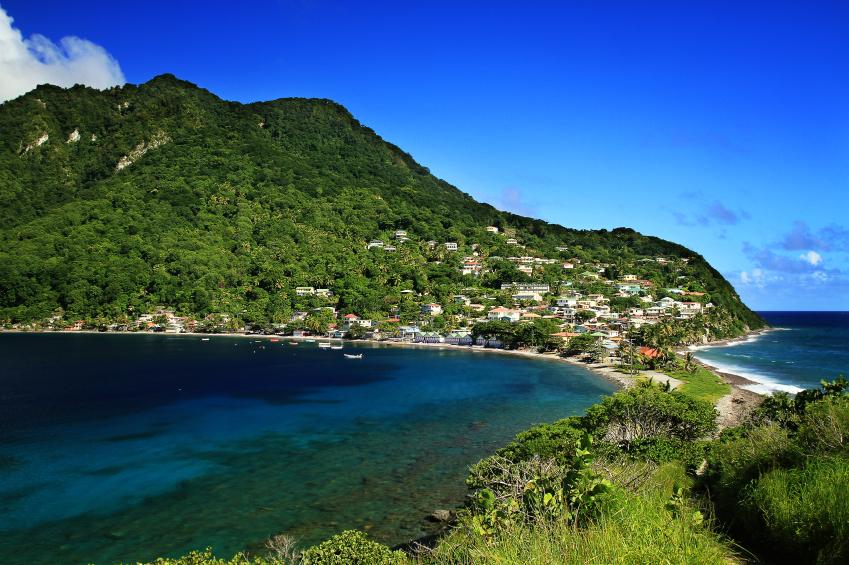 Dominica  Foto por gydyt0jas via Istock