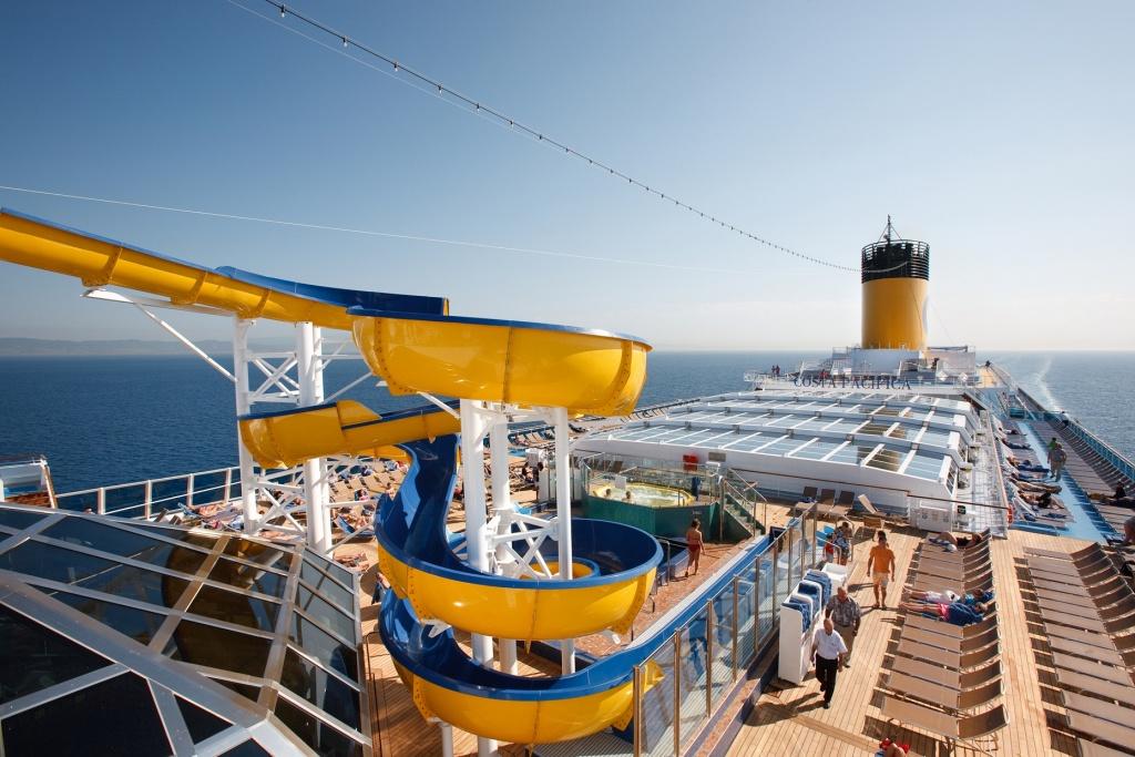 carnarock_acontece_a_bordo_do_navio_costa_pacifica
