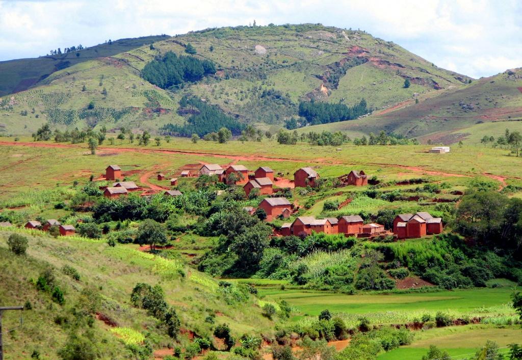 Landscape_Madagascar_01 vilarejos commons