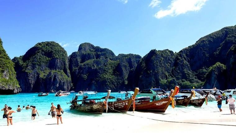 Playa_Maya,_Ko_Phi_Phi,_Tailandia,_2013-08-19,_DD_11 commons wiki