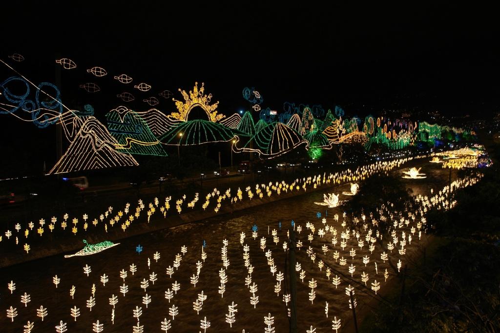 luzes de natal medellin colombia fotos divulgação