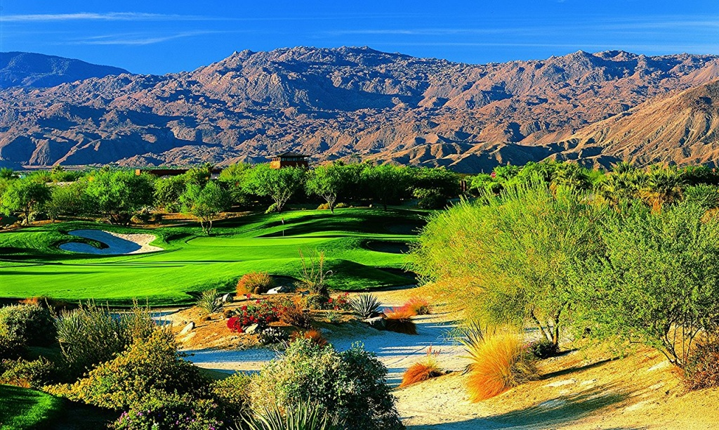 1280px-The_Mountain_View_Course_at_Desert_Willow_Golf_Resort,_Palm_Desert,_California