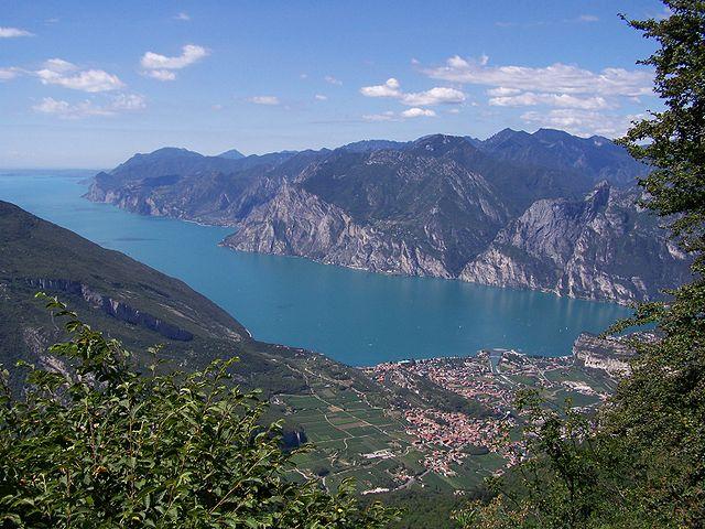 Foto por Ampfinger via Wikipedia