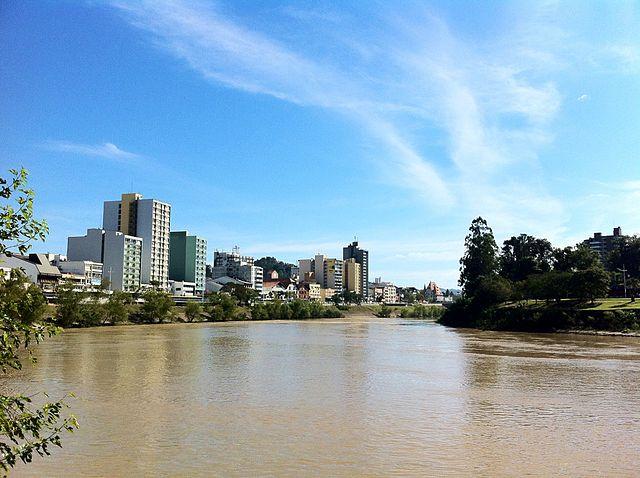 640px-Blumenau_center_from_Itajai-Acu_river