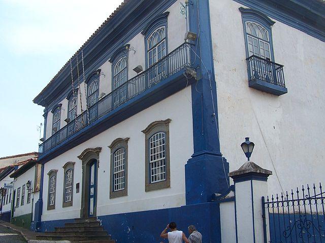 Foto por Bernardo Gouvêa  via Wikipedia
