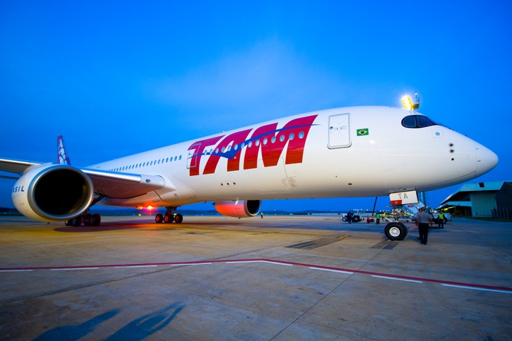 A350 XWB da TAM tocou, pela primeira vez, o solo brasileiro em Belo HorizonteConfins