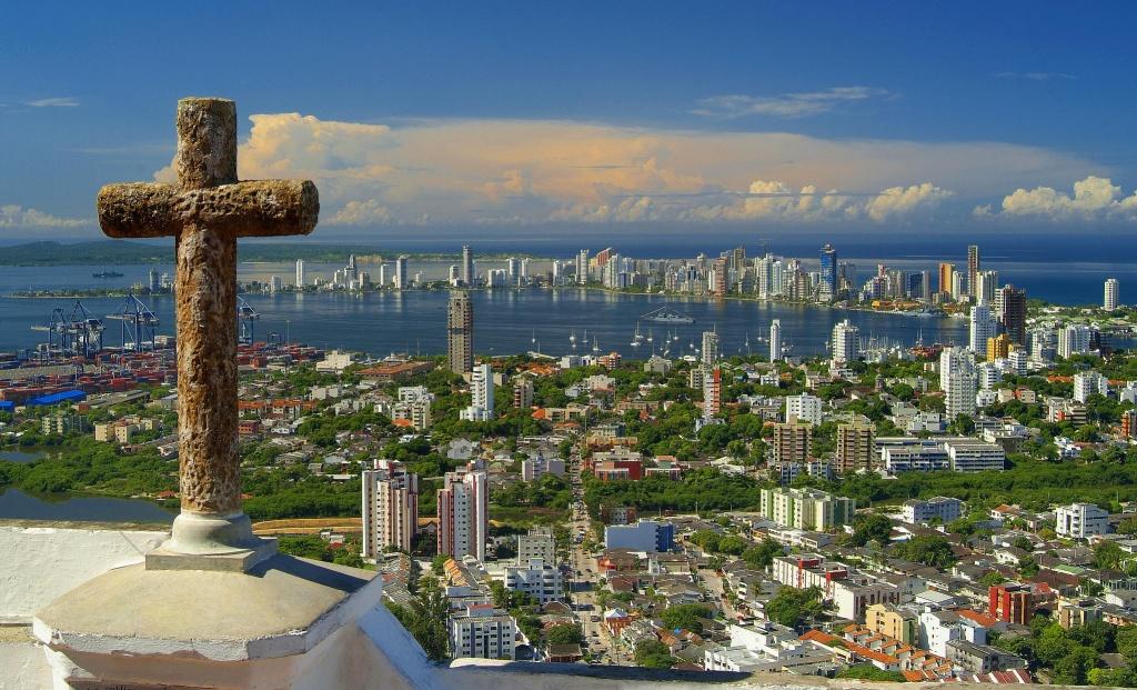 Cartagena_de_Indias_desde_el_cerro_La_Popa commons