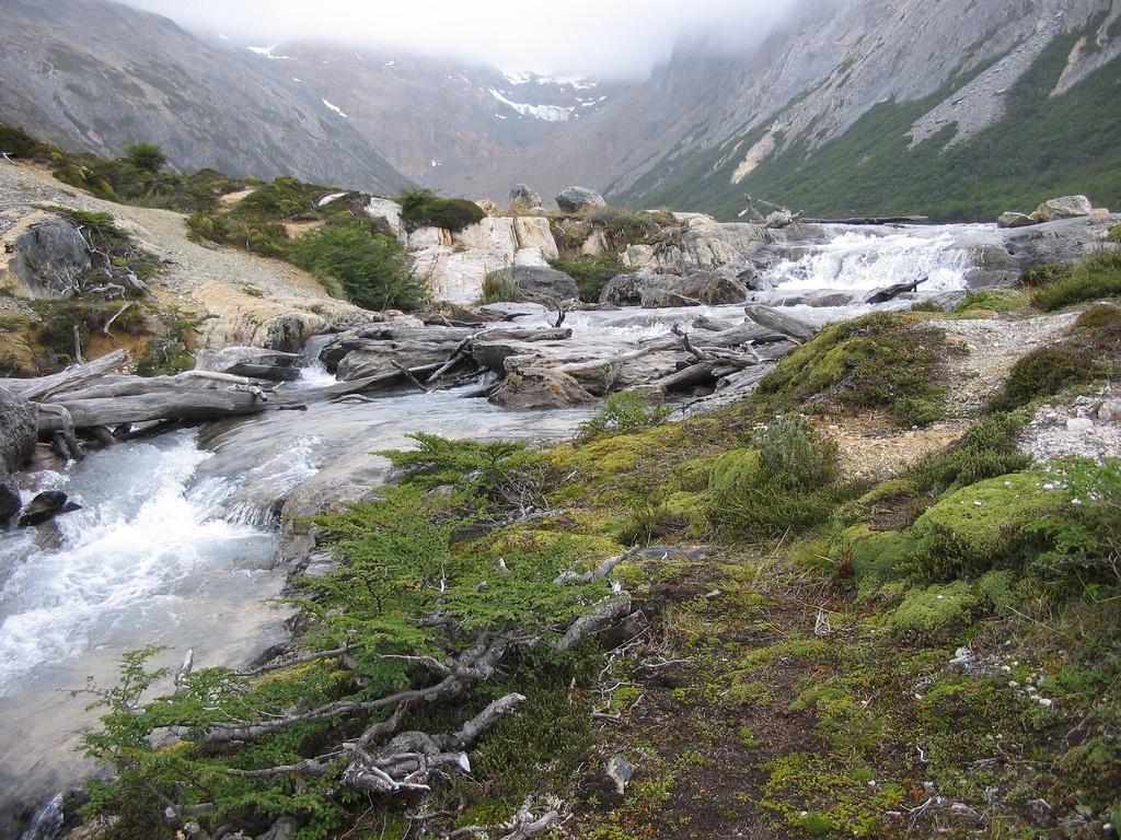 PN_Tierra_del_Fuego_(rio) commons