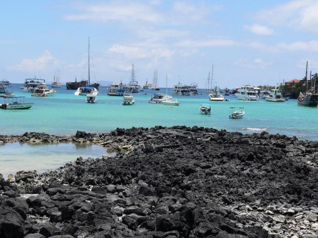 Puerto_Ayora_isla_Santa_Cruz_Galapagos_Ecuador