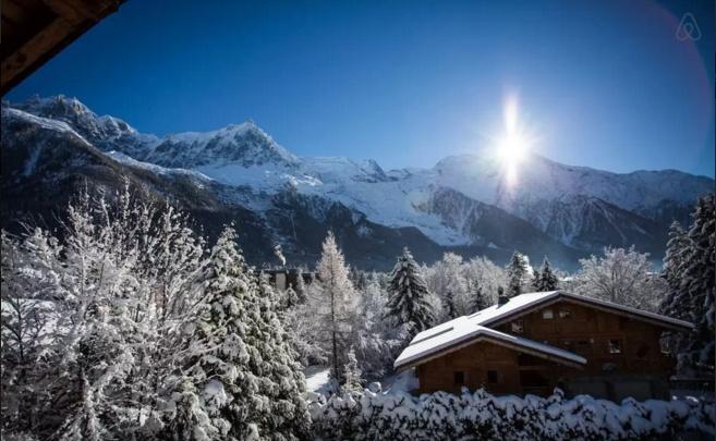 chalé de inverno nos alpes franceses