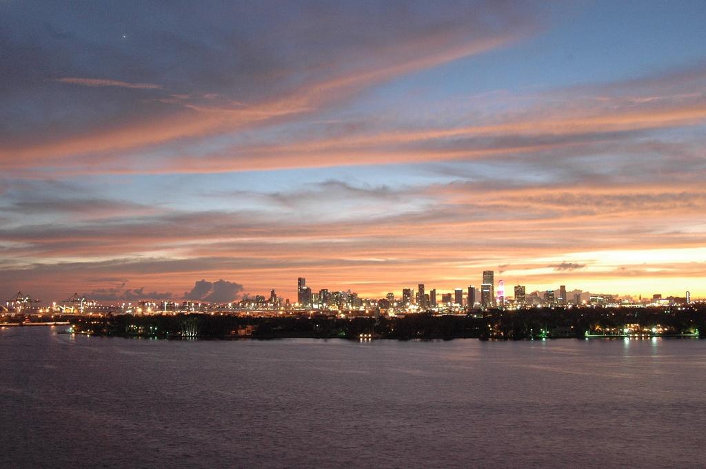 miami skyline Bryan Sereny via flickr