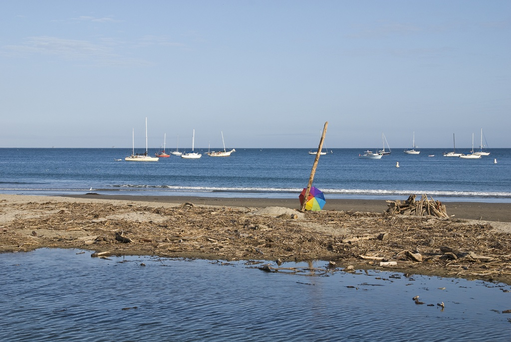 santa barbara beach damian gadal