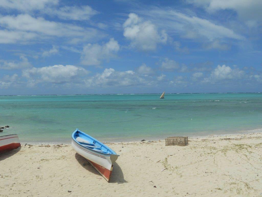 trou-d-argent-beach
