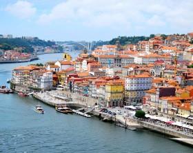 800px-O_Porto_(visto_da_Ponte_Dom_Luis_I) Rititaneves