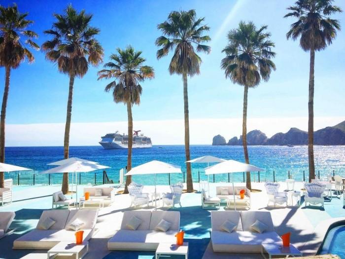 The Beach Club - ME Cabo - Credito Melia