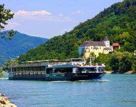 Avalon_Navegação pelo Rio Danúbio
