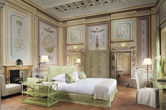 Castello del Nero - Deluxe suite afrescos