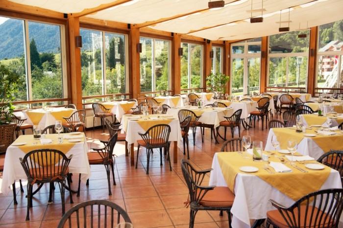 Restaurante-Los-Troncos