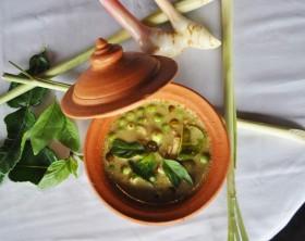 coxa de frango ao curry verde