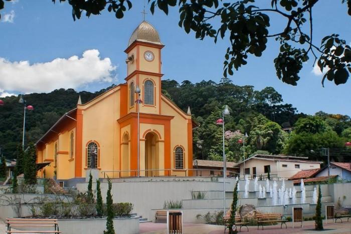 Igreja Matriz de Santo Antonio do Pinhal (SP)