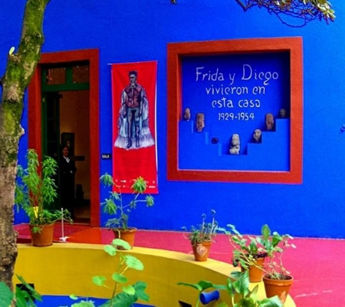 frida-kahlo-museu-casa-azul_1[1]