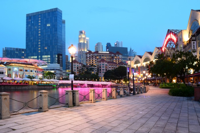 Clark Quay of Singapore. It is situated along the Singapore River with an array of night entertainment.