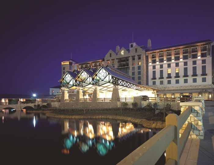 FULL SERVICE HOTELS  RESORTS - Gaylord at night.jpg