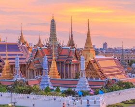 wat phra kaew dusk sunset temple of the emerald buddha grand palacewat phra kaew dusk sunset temple of the emerald buddha, Grand Palace Bangkok, Thailand