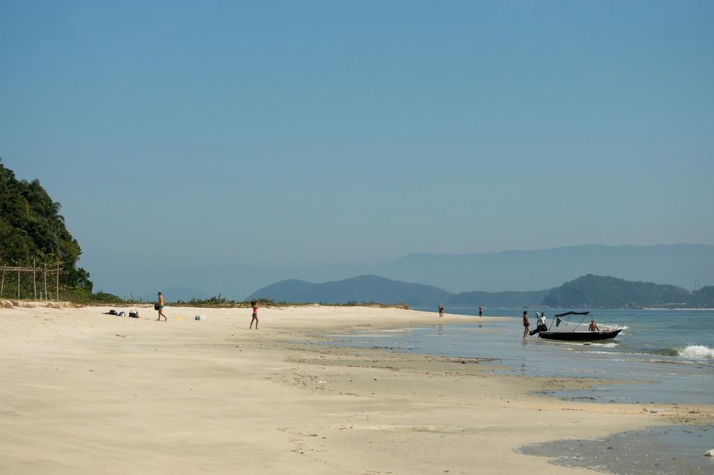 ssb-maresias-praia-em-as-ilhas-foto-adilson-zavarize