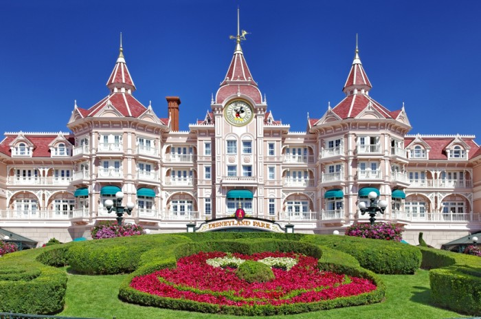 """Paris,France,July 11th, 2010:Image of the entrance in Disneyland Park from Paris."""