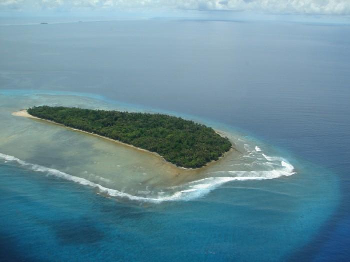 Marshall Islands, surf break Kwajalein Atoll