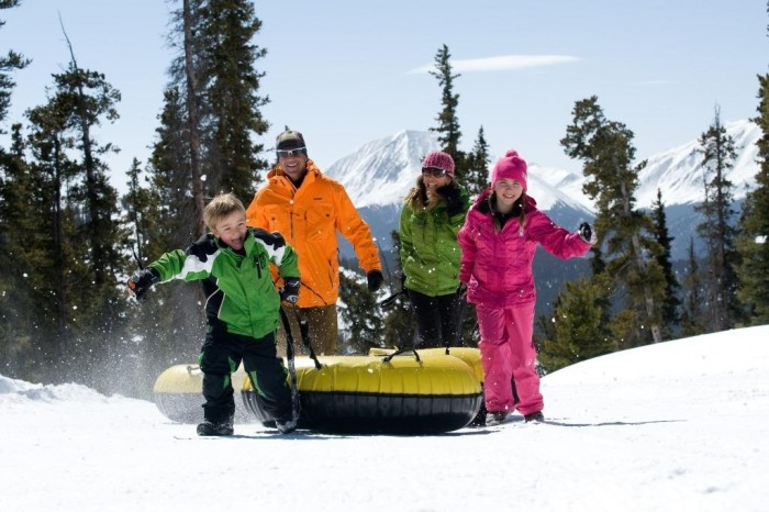 keystone-snow-tubing-_key7156_bob_winsett_highres