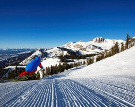 jackson-hole-ski-groomer-11
