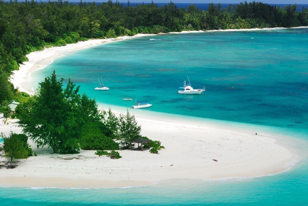 img5-denis-island