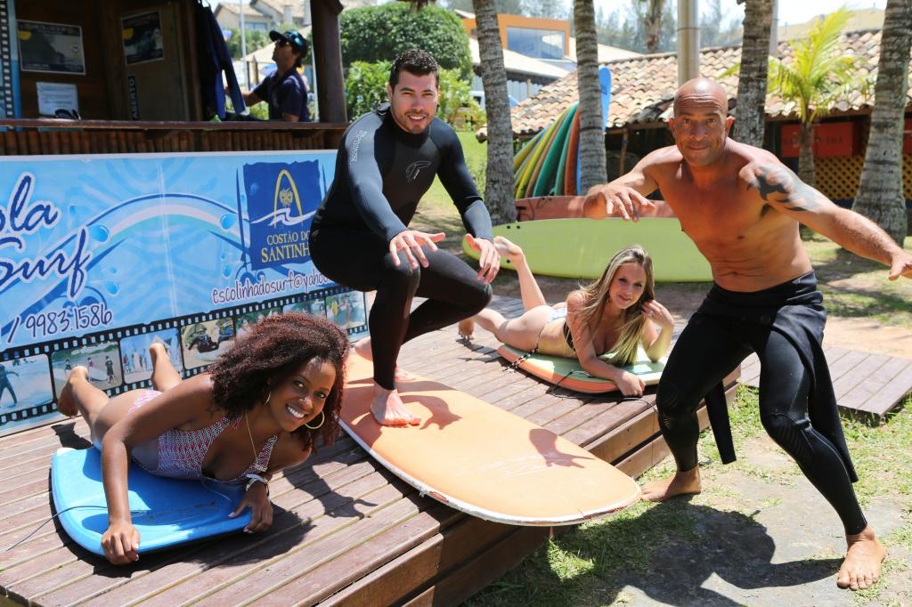 aulas-de-surf Divulgação