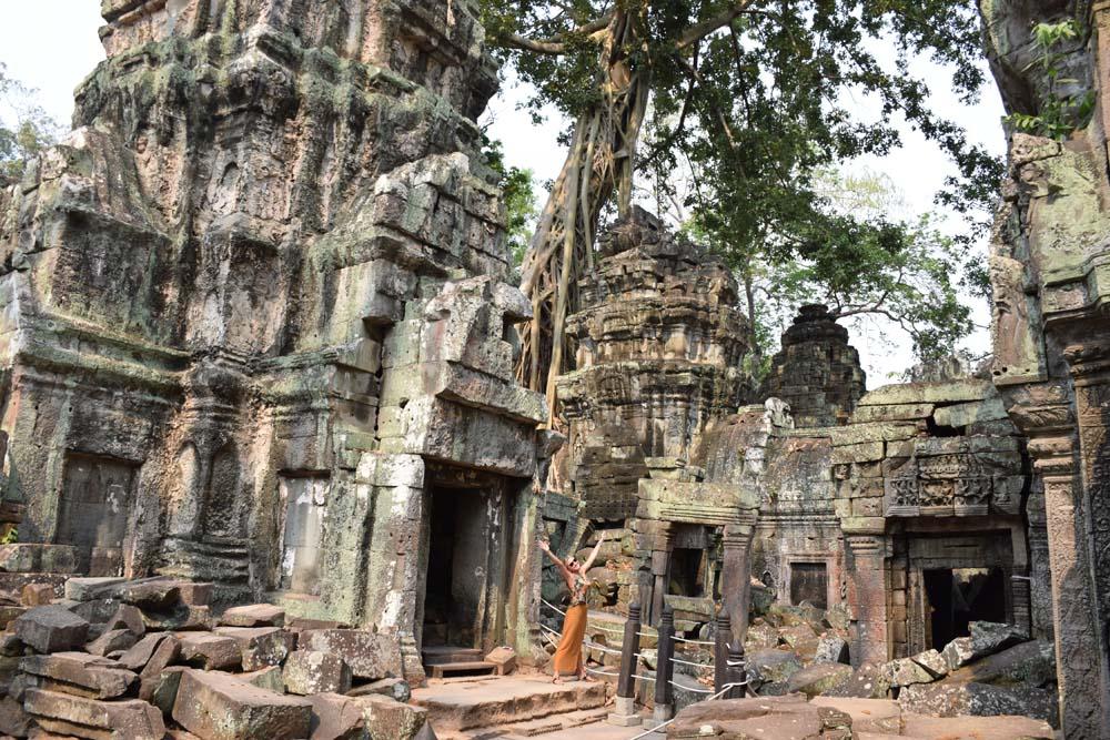 """Templo Ta Prohm, no Camboja, que foi """"engolido"""" pelas árvores"""