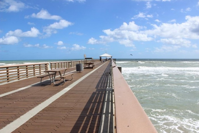 juno-beach-pier-3-_patricia-chemin