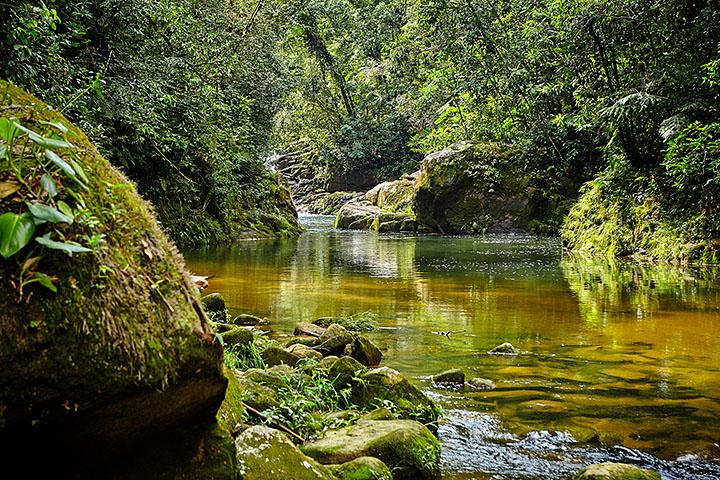cachoeira-do-mandira-foto-ken-chu